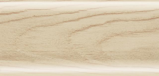 фото плинтус беленый дуб